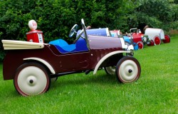 pedal car parties cotswolds