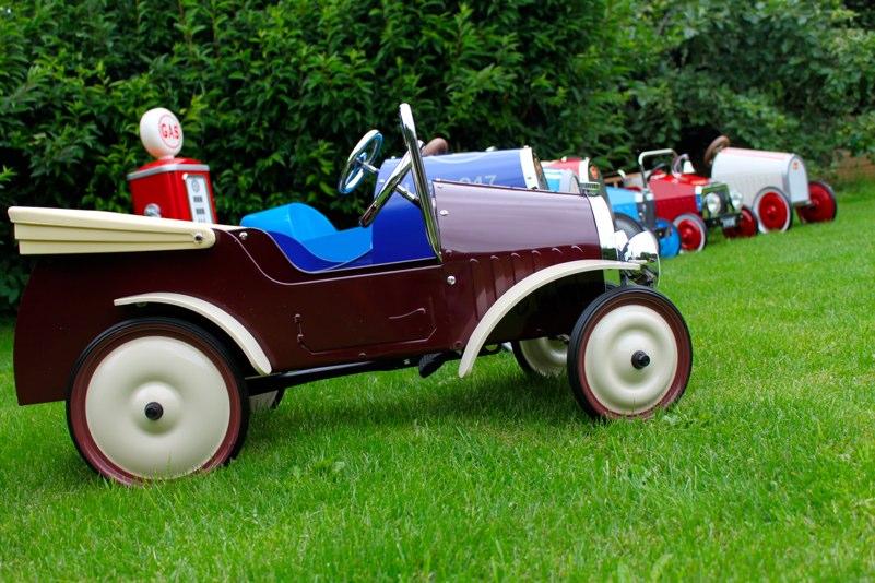 pedal car parties cotswolds