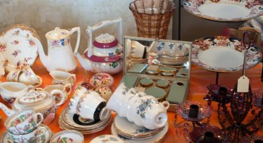 chipping norton vintage fair cotswolds flea market antiques