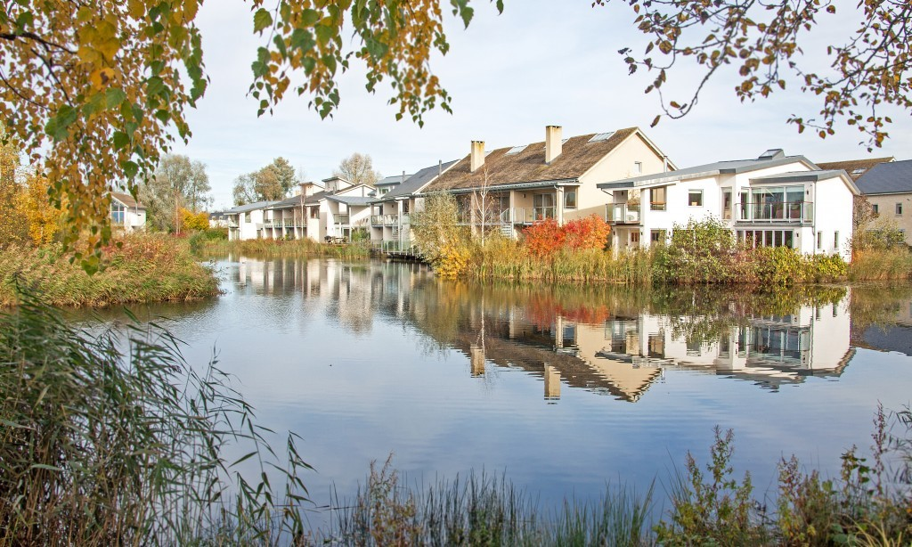 waterside breaks holiday cottages cotswolds